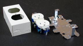 Kit de prise de courant double/boîte blanc.