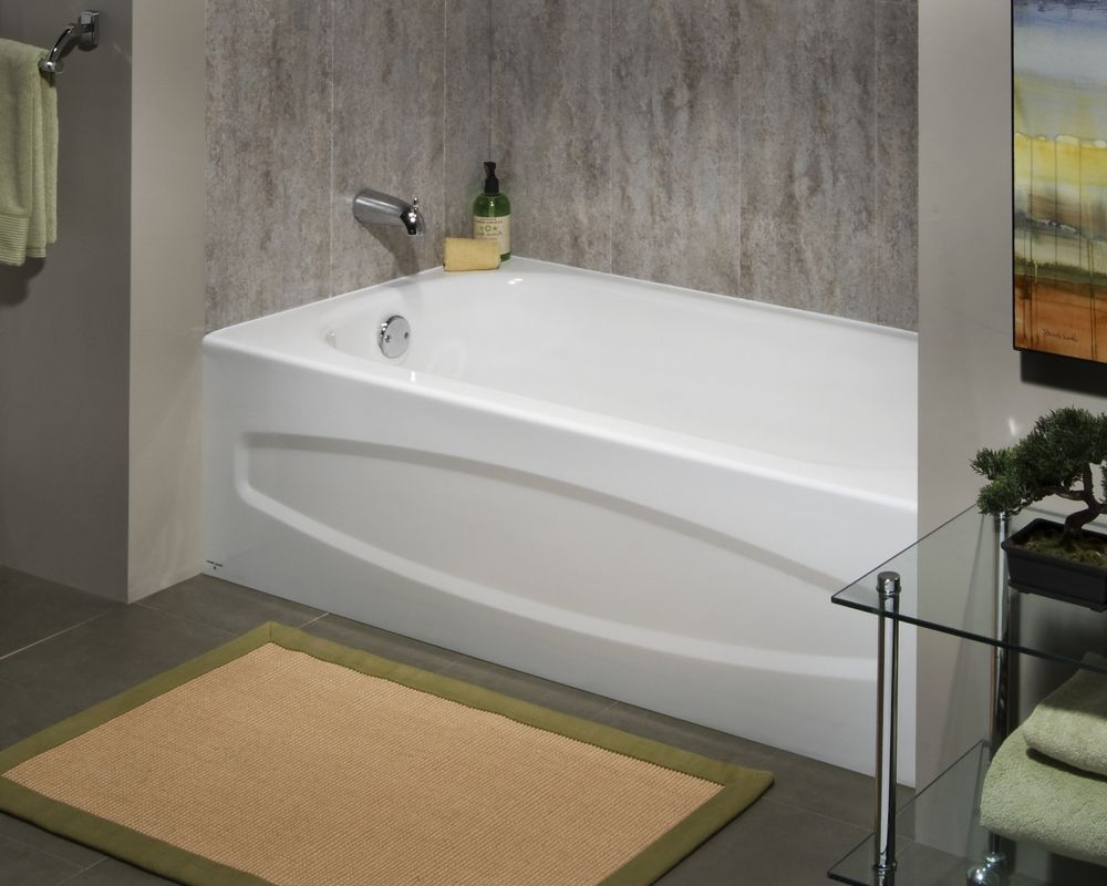 Enamel Steel Bathtub With Left Hand Outlet In White