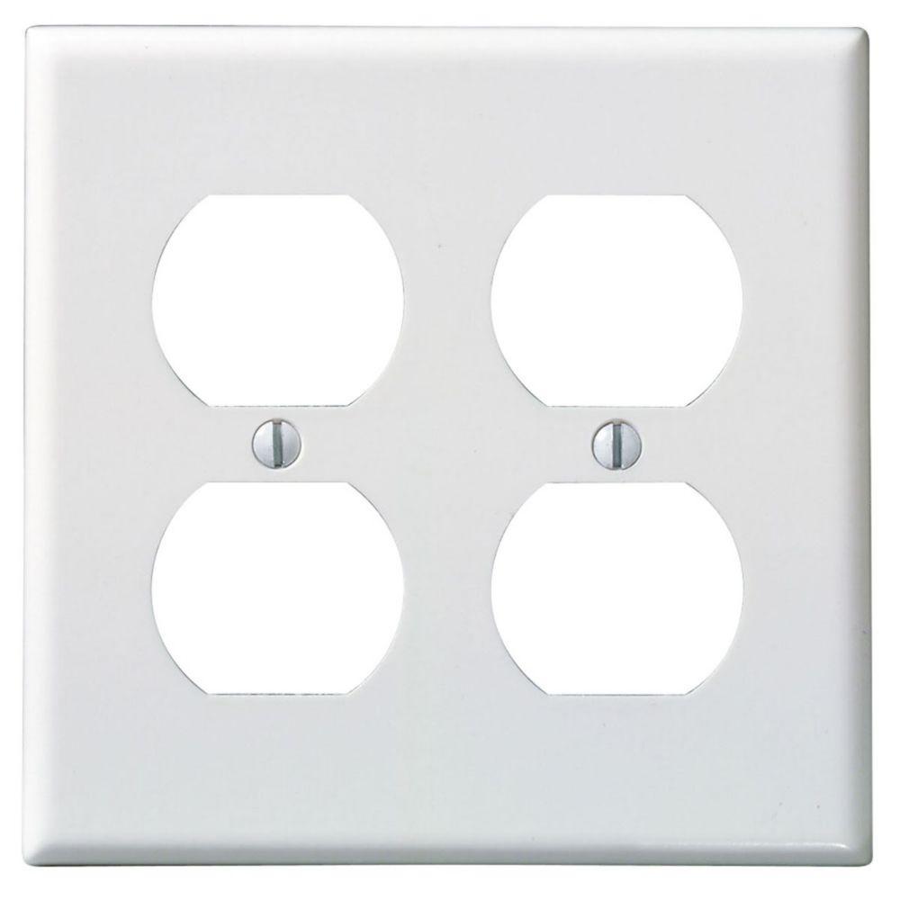 Leviton 2-Gang Duplex wall plate, White