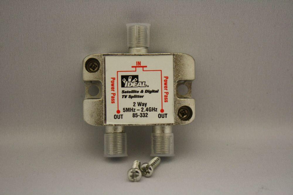 Répartiteur à 2 voies pour Satellite/HGTV à 2,3 GHz