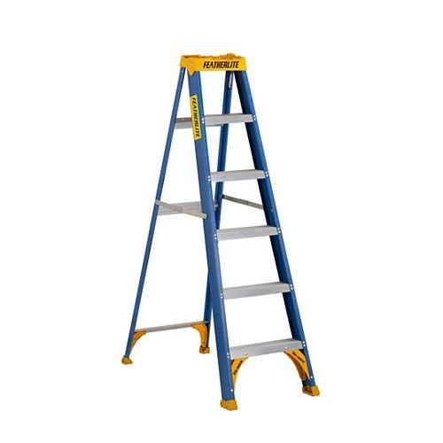 Featherlite 6 ft. Grade I fibreglass Step Ladder