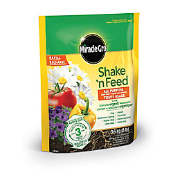 Miracle-Gro Shake N Feed All Purpose Plant Food 12-4-8 3.6 Kg