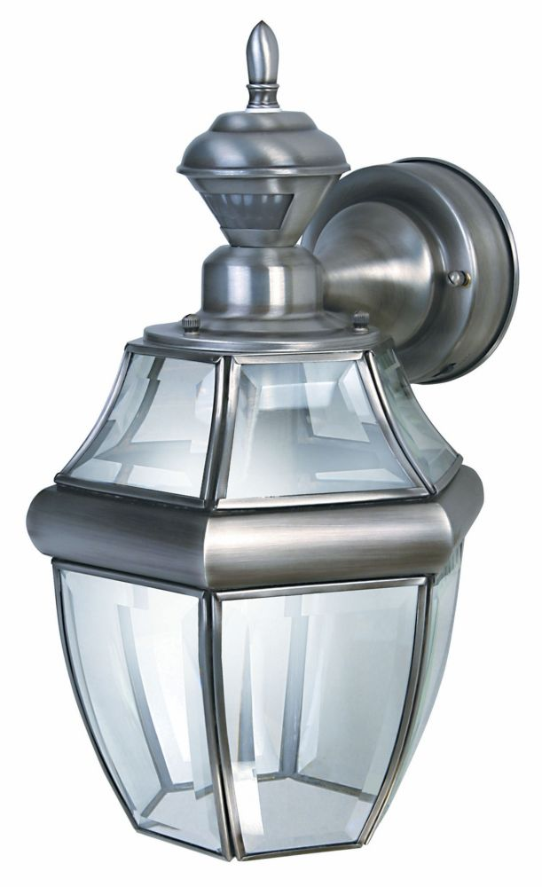 150 Degree Hanging Carriage Lantern with Clear Beveled Glass - Silver