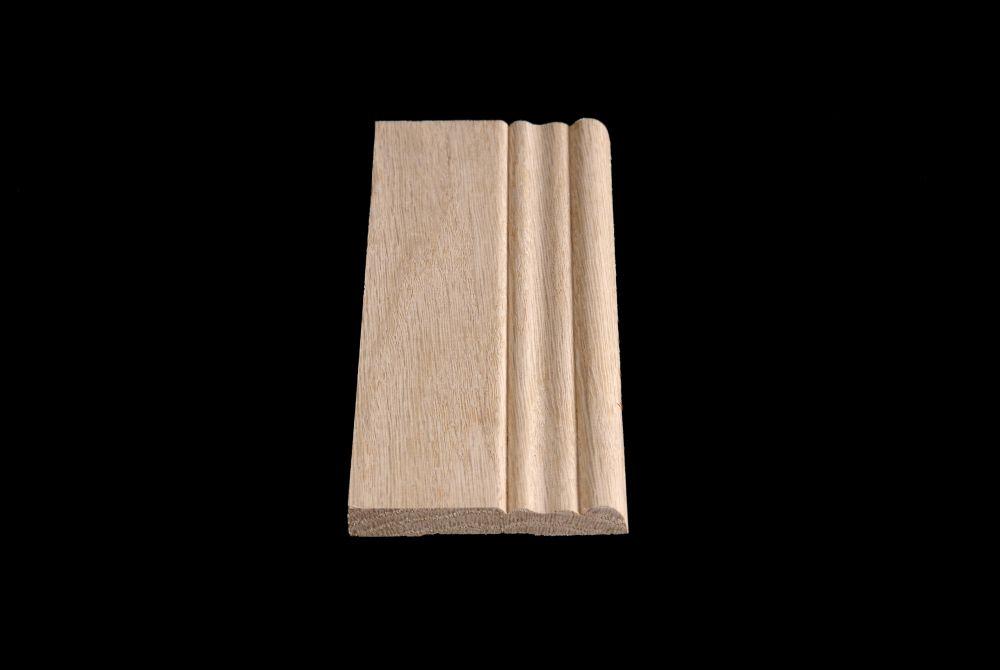 Oak Colonial Base 3/8 Inches x 3-1/8 Inches x 8 Feet