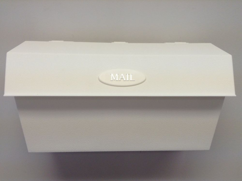 Wallmount Plastic White Mailbox
