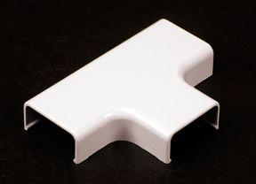 Plastic CordMate II T Fitting White