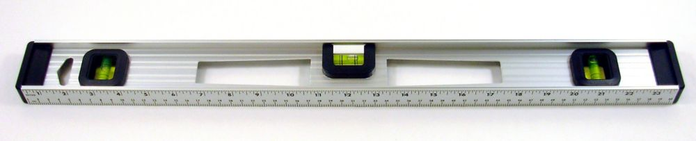 Niveau en aluminium - 24 po