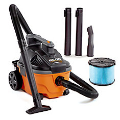 15 L 5 Peak HP Portable Wet/Dry Vacuum with Storage