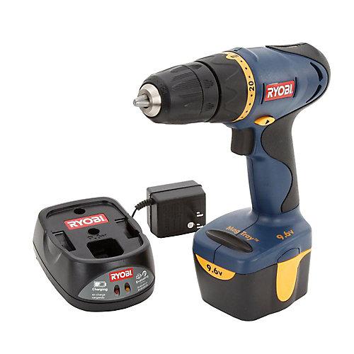 9.6V Cordless Drill/Driver Kit