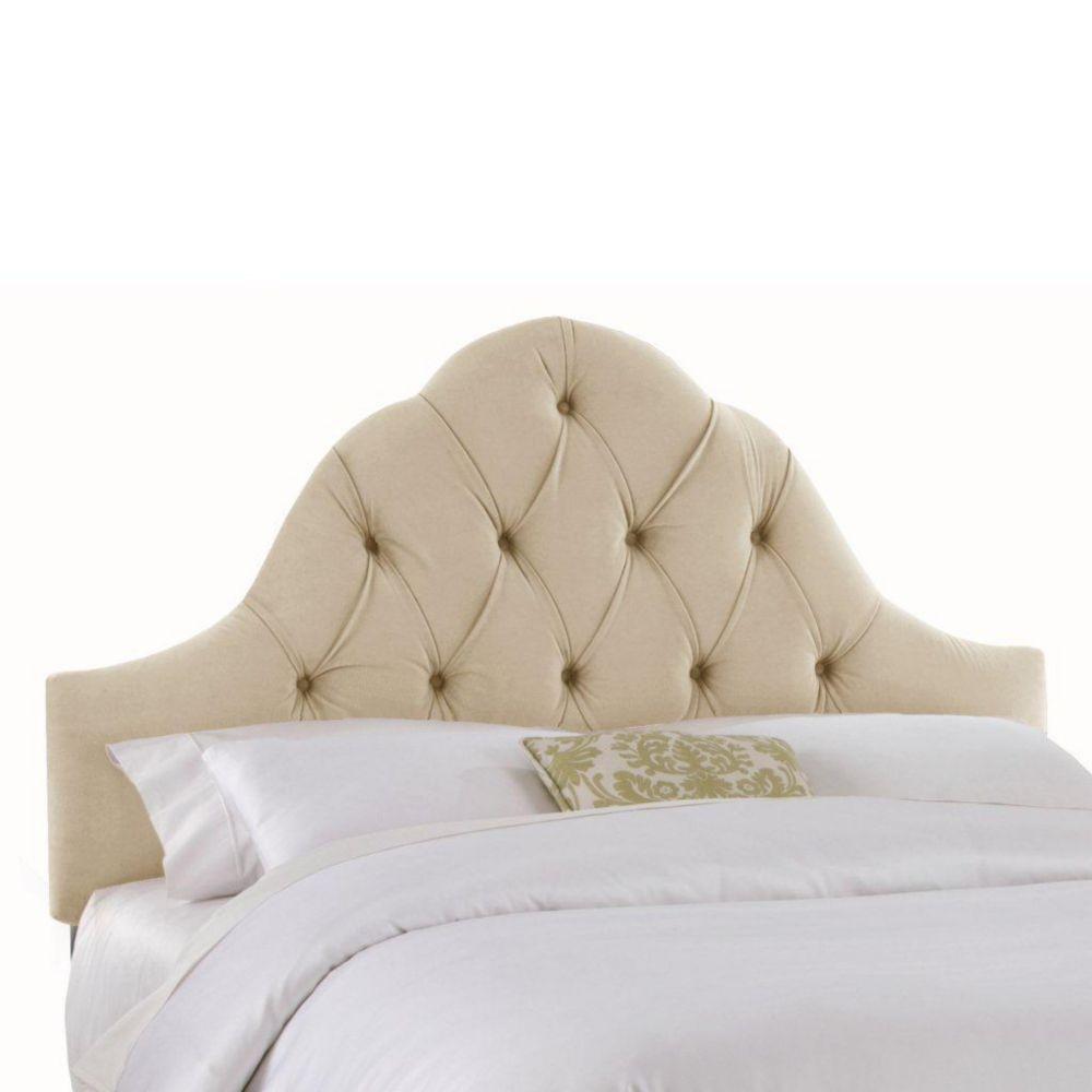 Dossier capitonné pour grand lit en velours de ton sarrasin
