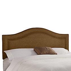 Skyline Furniture Tête de très grand lit étroit en tissu métallique de ton praline enjolivée de têtes de clous en laiton incrustées