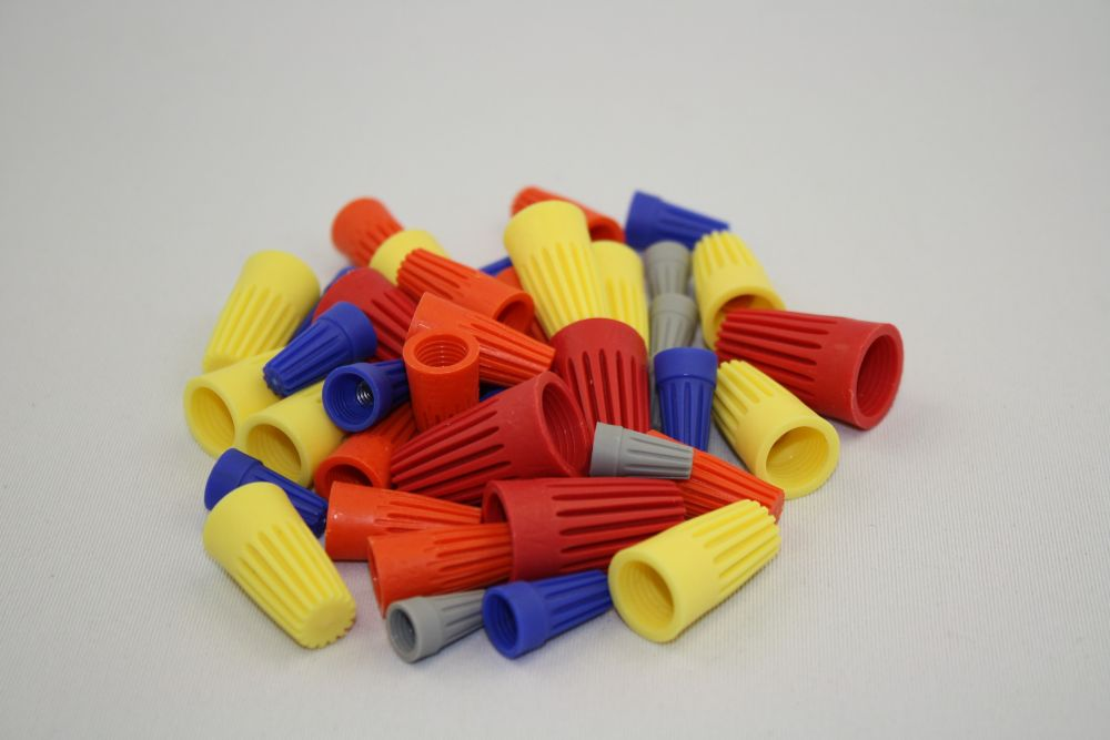 CE Assorted Wire Connectors Qty 40