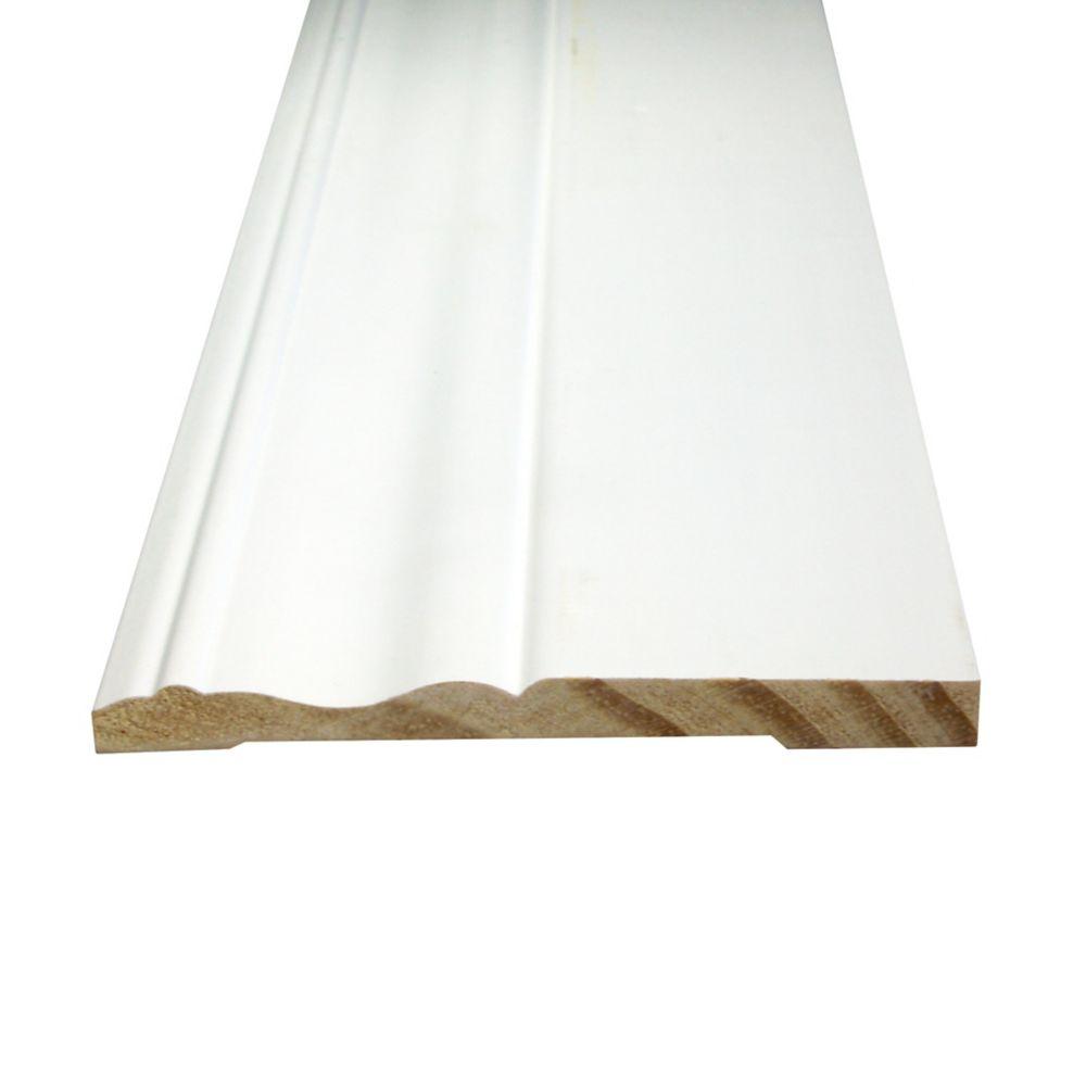 Plinthe en pin jointé avec peinture DecoSmart 3/8 po x 4-1/8 po (prix par pied)