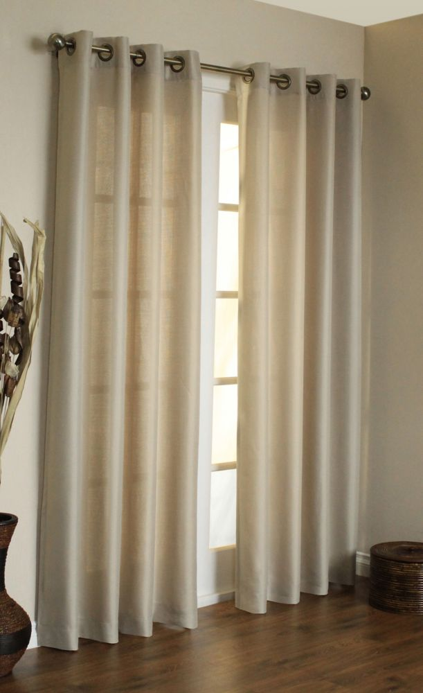 Take advantage of our large selection of discount curtains. We offer hundreds of close out curtains, discounted kitchen curtains, cheap valances & more, from all the major brands including Croscill, Waverly, Ellis Curtains & more.