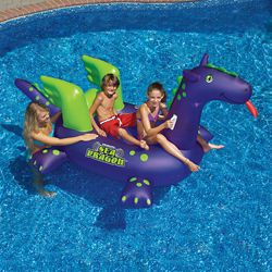Swimline Jouet à chevaucher gonflable de piscine Giant Sea Dragon, 2,7 m (9 pi)