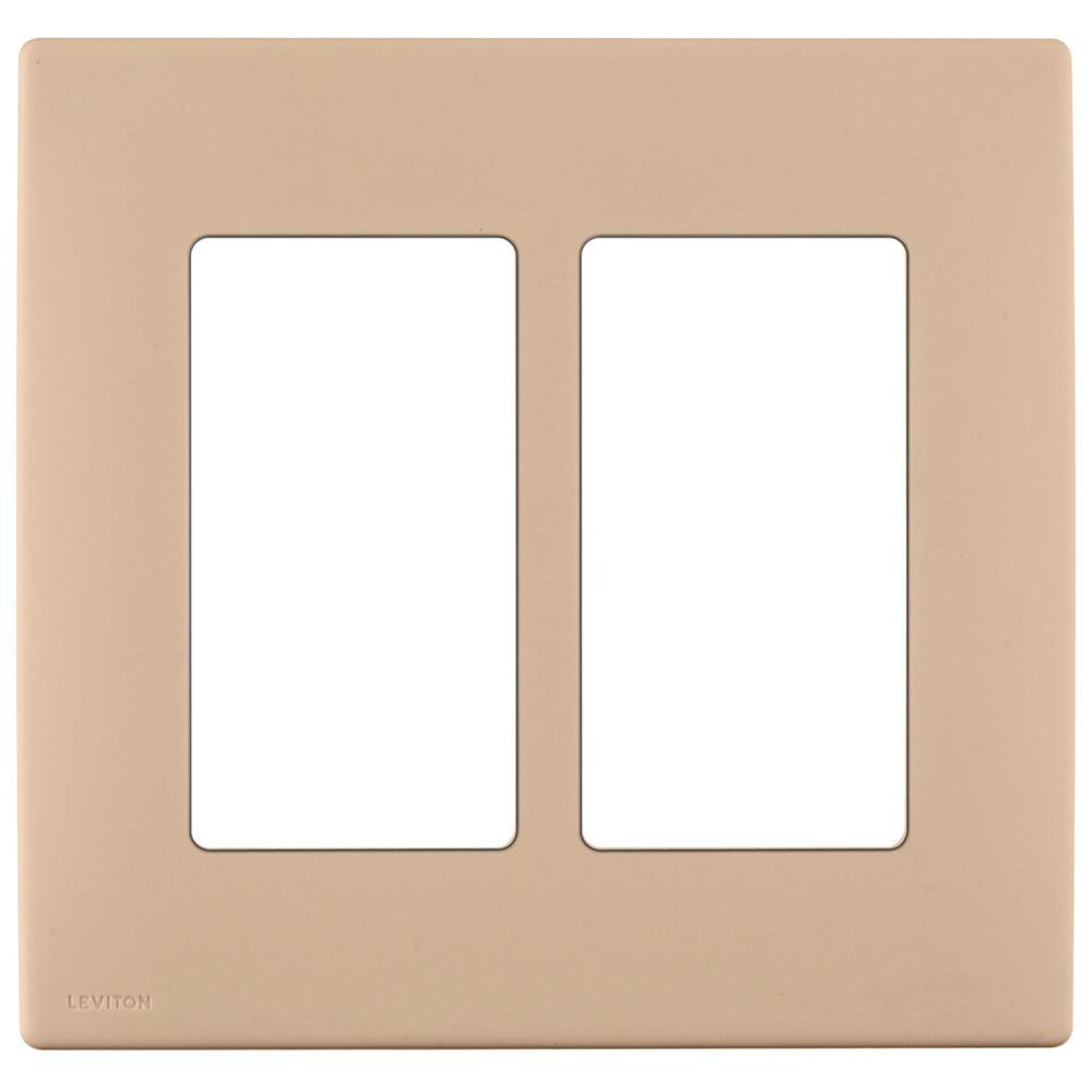 Plaque sans vis enclipsable Renu pour deux dispositifs, en havane racé.