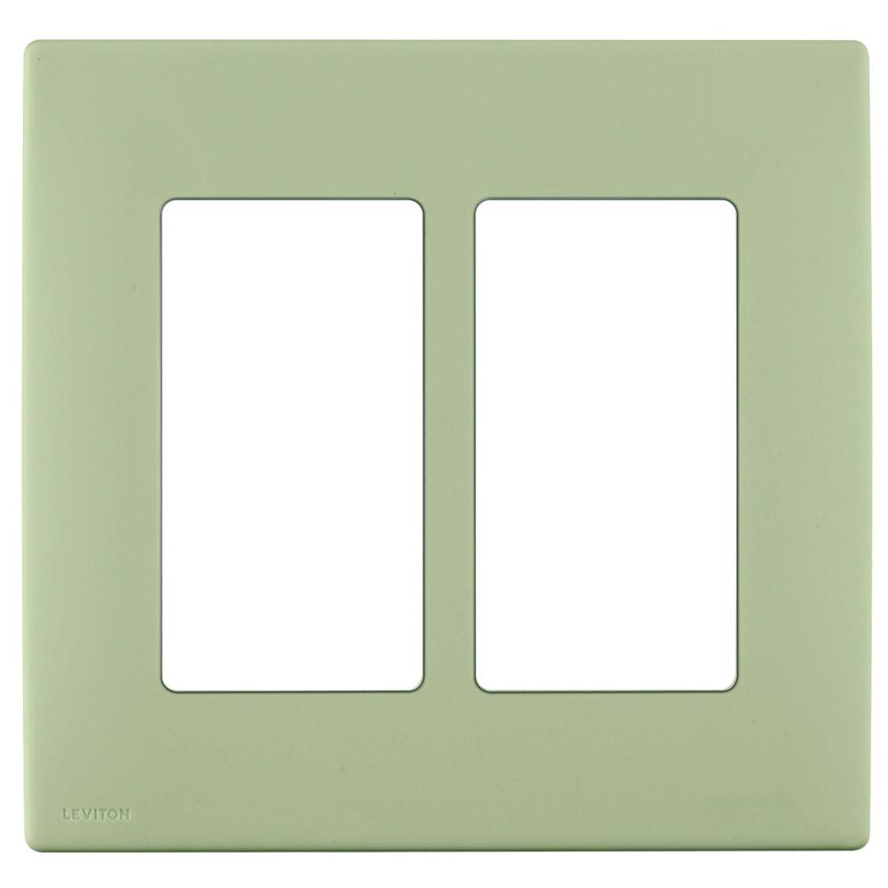 Plaque sans vis enclipsable Renu pour deux dispositifs, en sauge sauvage.