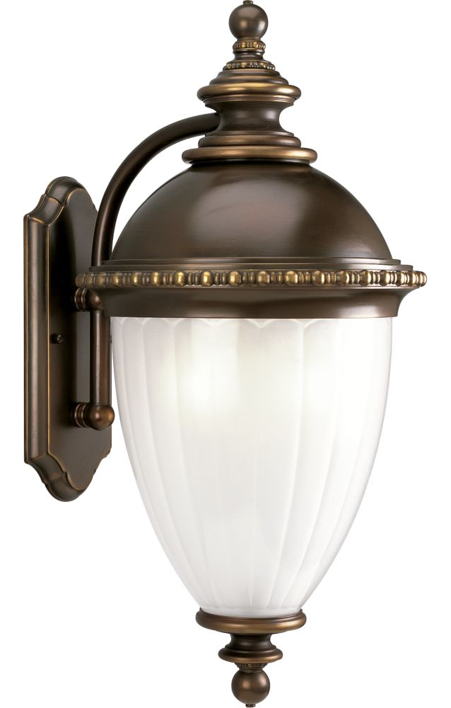 Chesham Collection Oil Rubbed Bronze 3-light Wall Lantern