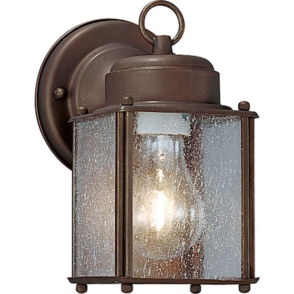 Carriage Classics Collection Roman Bronze 1-light Wall Lantern