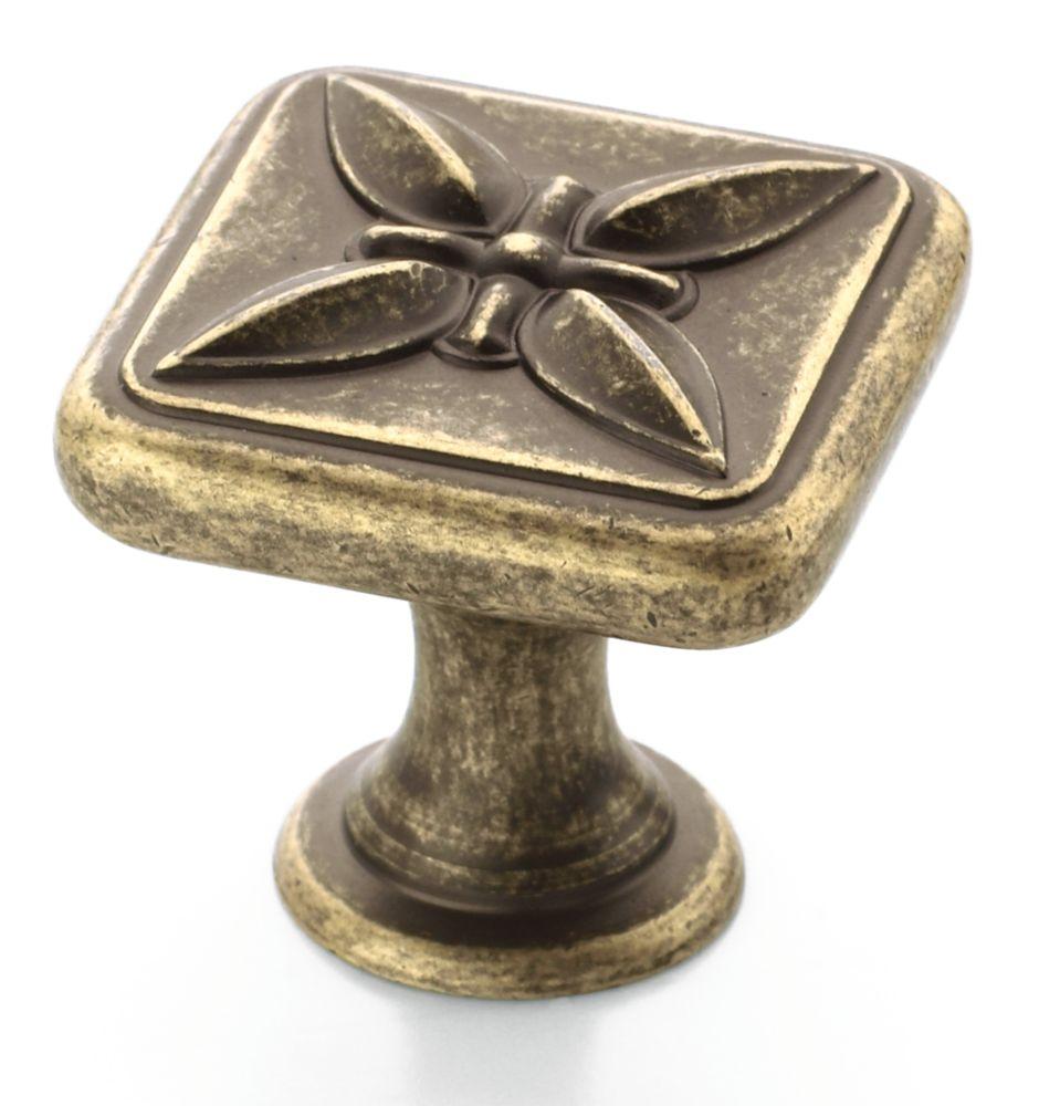 Bouton carré Diamètre de 1 1/8 po SQ SUNDARA� Collection- FINI LAITON VIEILLI