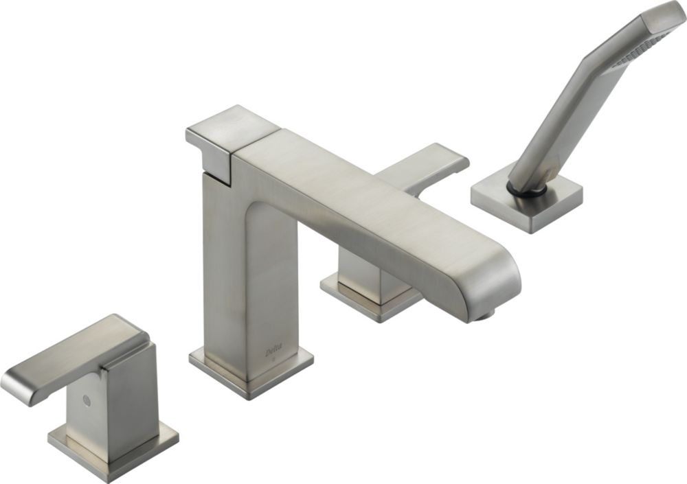 delta garniture de robinet arzo pour baignoire romaine. Black Bedroom Furniture Sets. Home Design Ideas