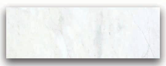 Marbre Bianco Venatino à finition mate de 6 po × 18 po -( 9 pi. carré par caisse)