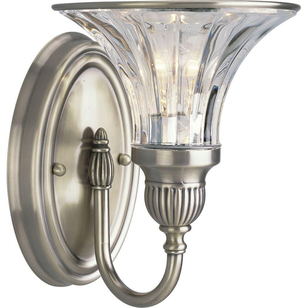 Roxbury Collection Classic Silver 1-light Wall Bracket