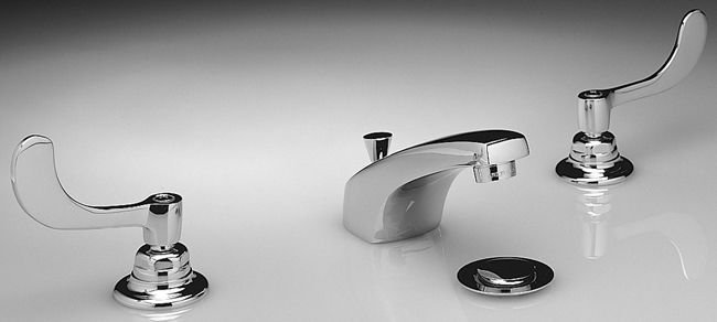 Monterrey 8-inch Widespread 2-Handle Low-Arc Bathroom Faucet in Polished Chrome Finish