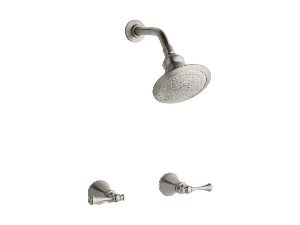 Robinet de douche Revival(R) avec poignées à levier traditionnelles, bras de douche standard et b...