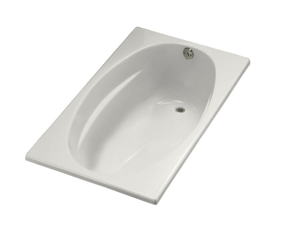 5 Feet Oval Bathtub in White