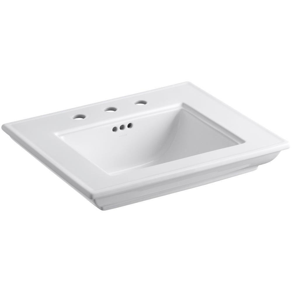 Bassin de lavabo Memoirs(R) avec conception Stately et centres de 8 po