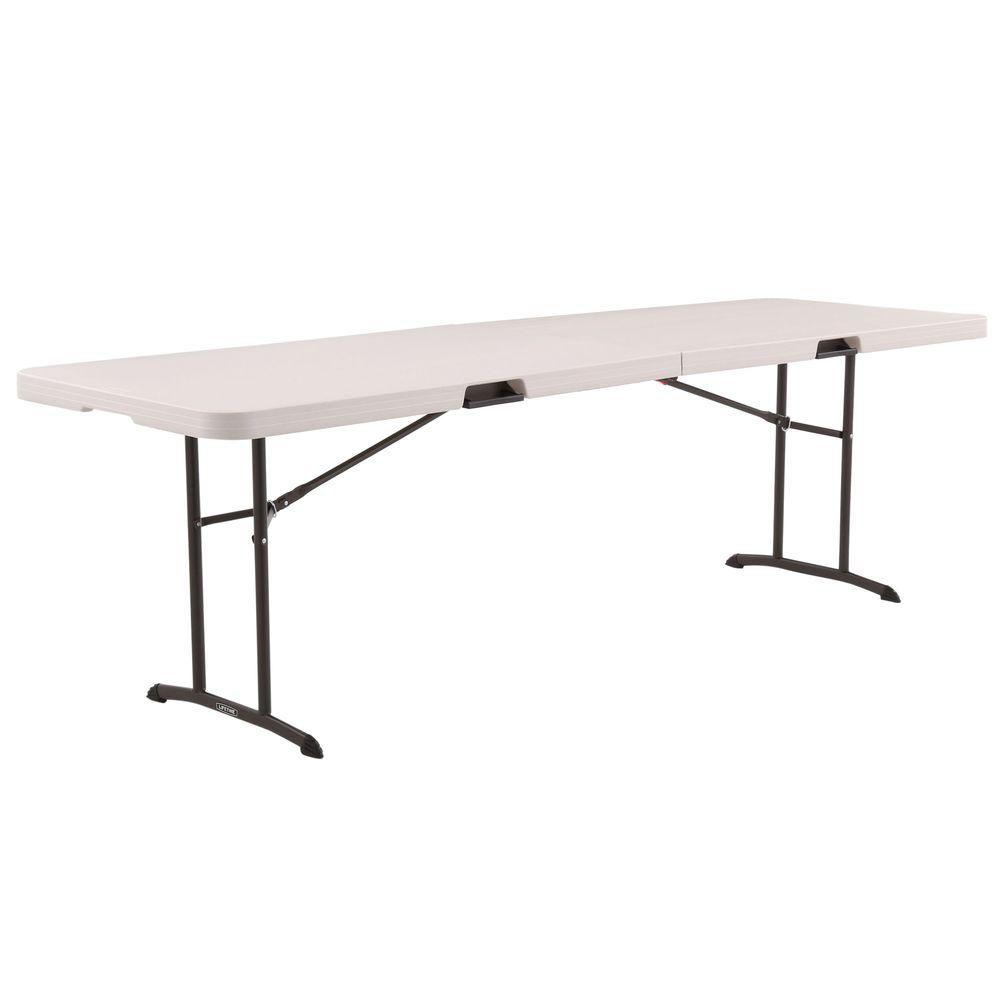 Demi-table pliante en deuxde 2,44m (8pi) (amande)