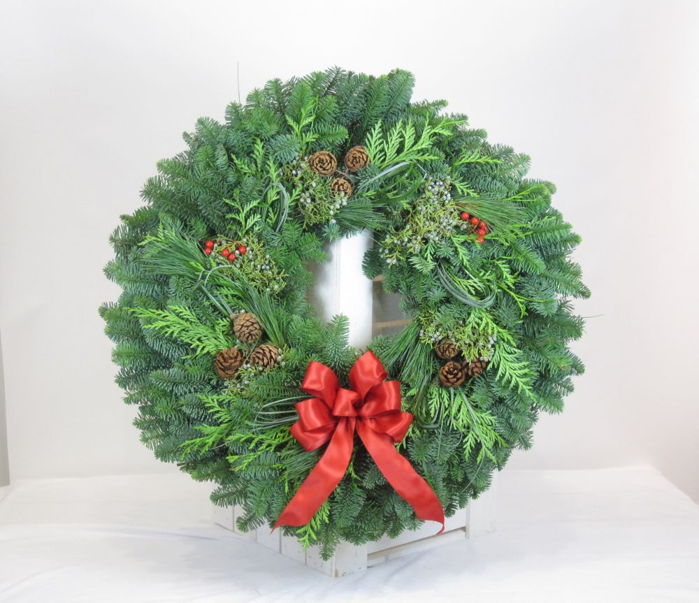 Wreath Fresh Cut Deluxe - 24 Inch