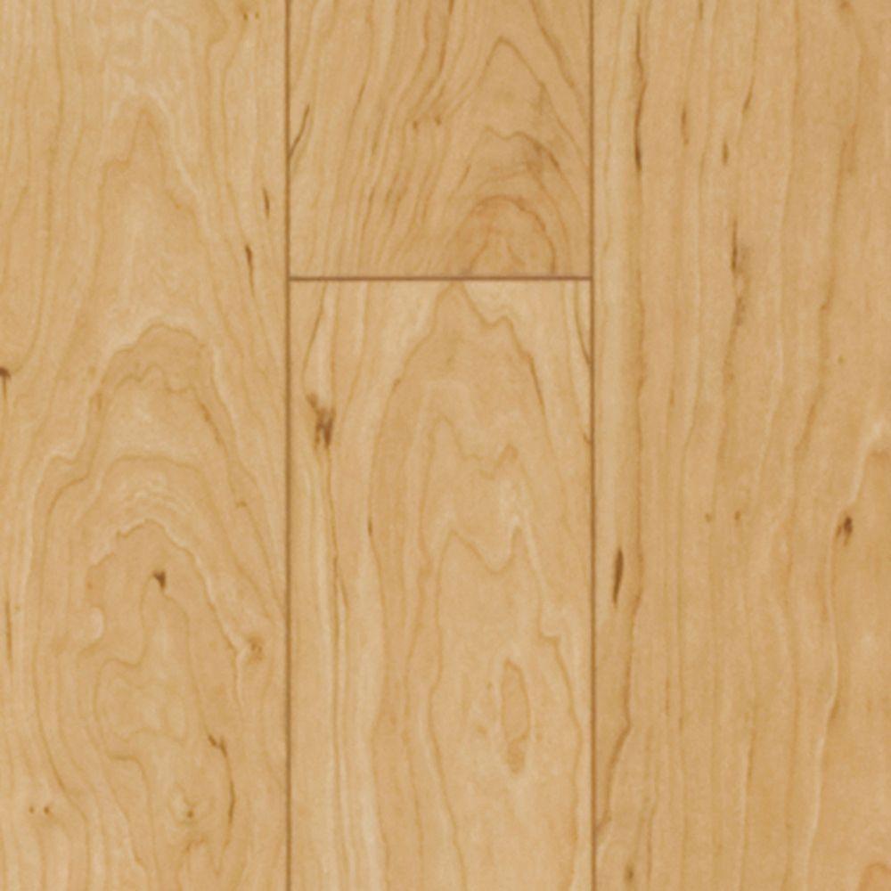 Pergo xp vermont maple laminate flooring 13 1 sq ft for Square laminate flooring