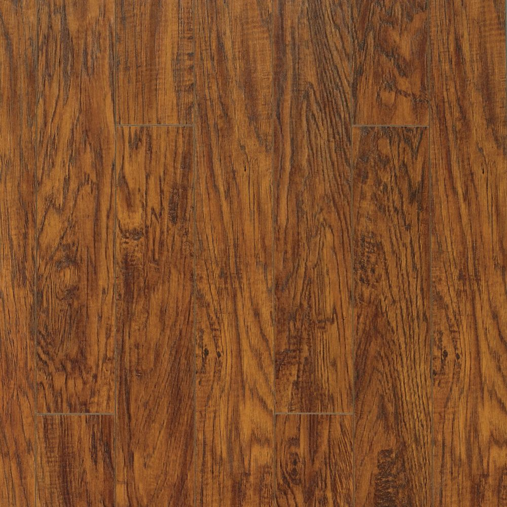 Pergo Xp Highland Hickory Laminate Flooring 13 1 Sq Ft