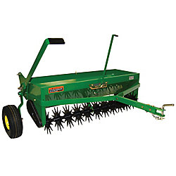 John Deere 40-inch Combination Aerator Spreader