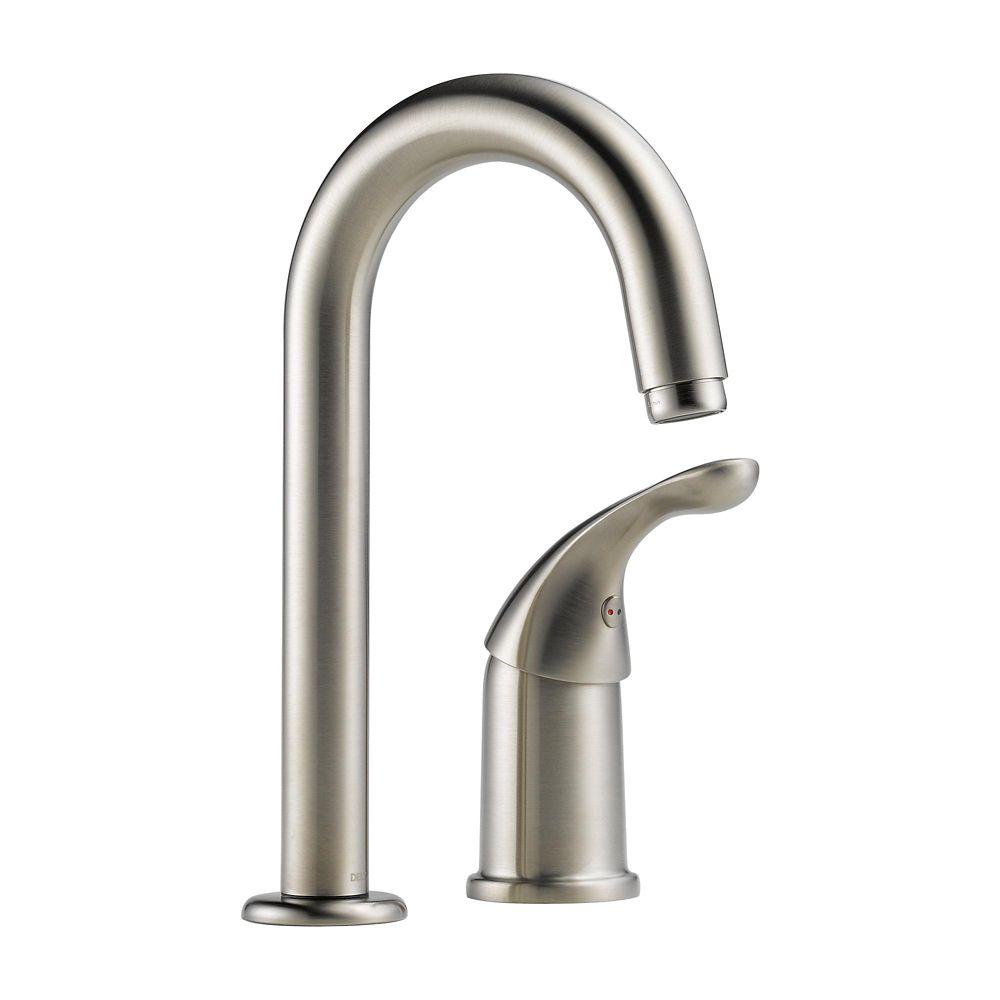 Delta robinet mitigeur de bar et de pr paration waterfall for Robinet delta salle de bain
