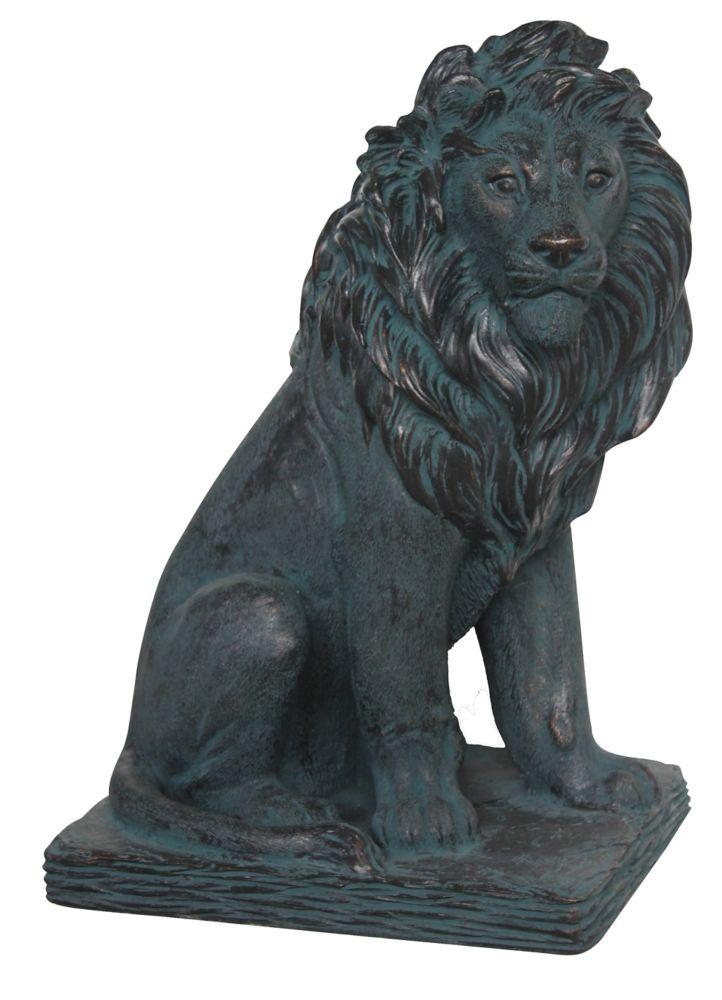 Statue lion majestueux