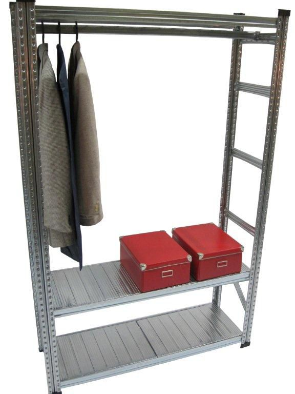 Ensemble d'étagères de fabrication robuste pour les vêtements