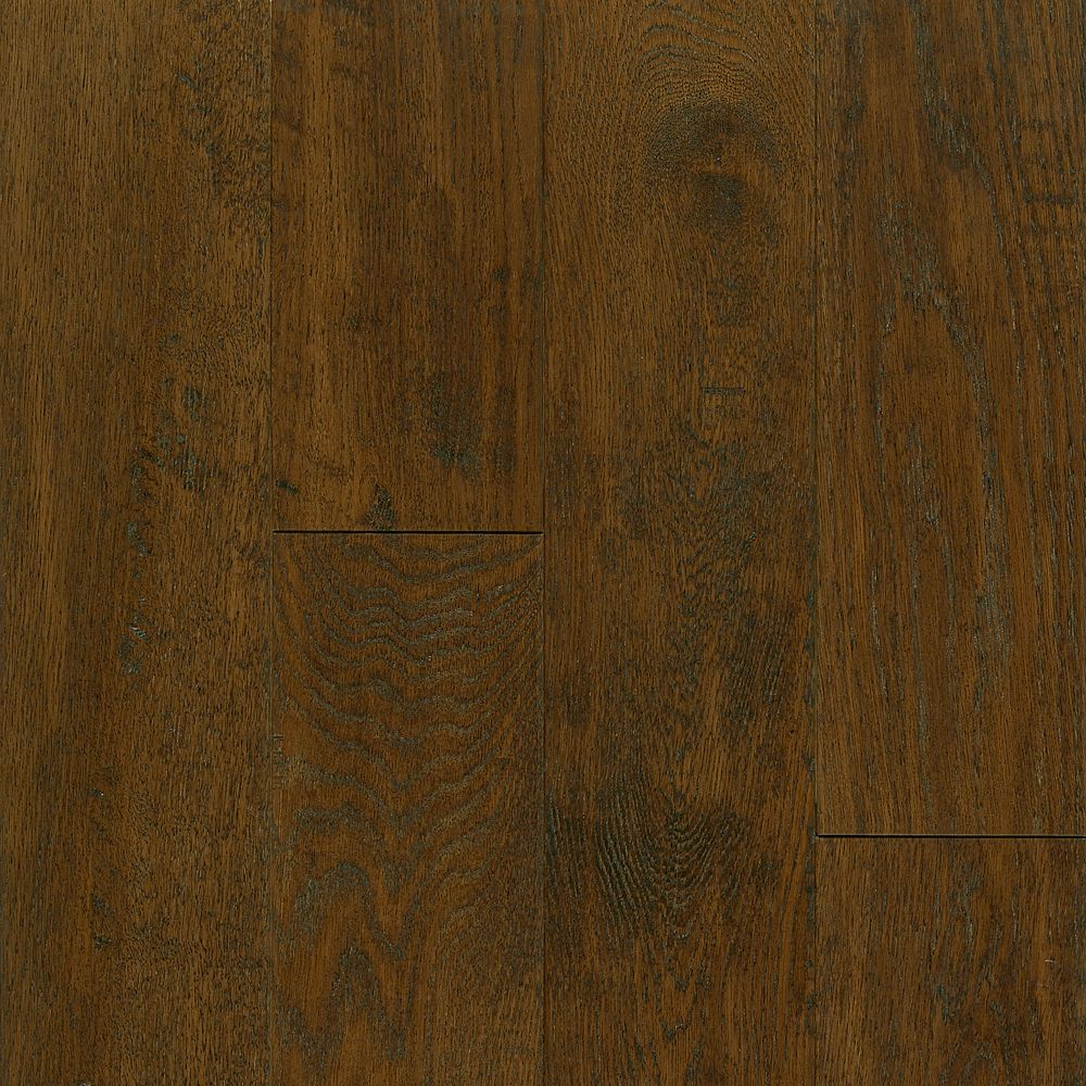 Bruce 5 inch x 3 8 inch av oak mocha handscraped solid for Hardwood floors 5 inch