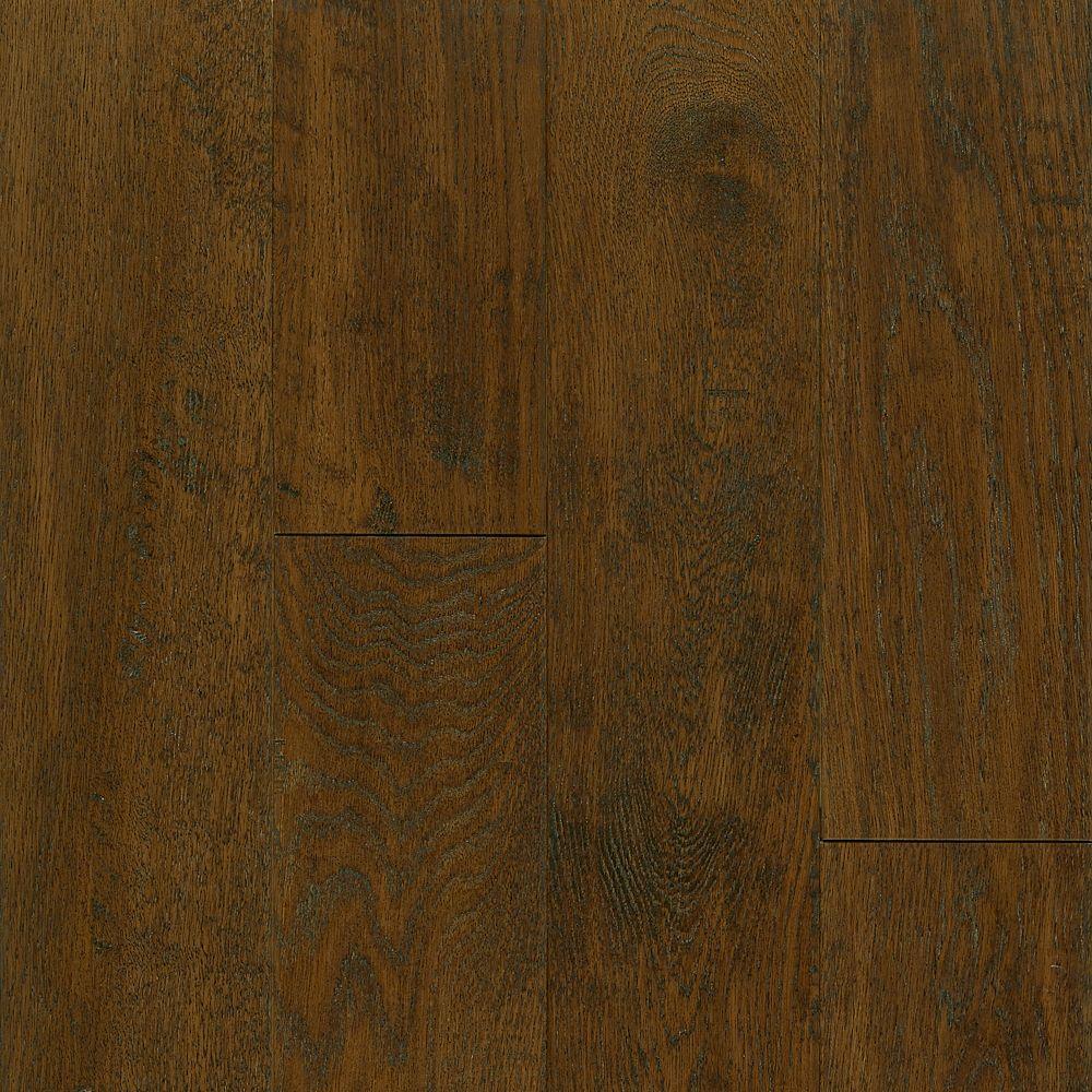 C/S 12,7x 0,9cm Plancher AV en bois massif raclé chêne Mocha - (23,5 pi. carré par caisse)