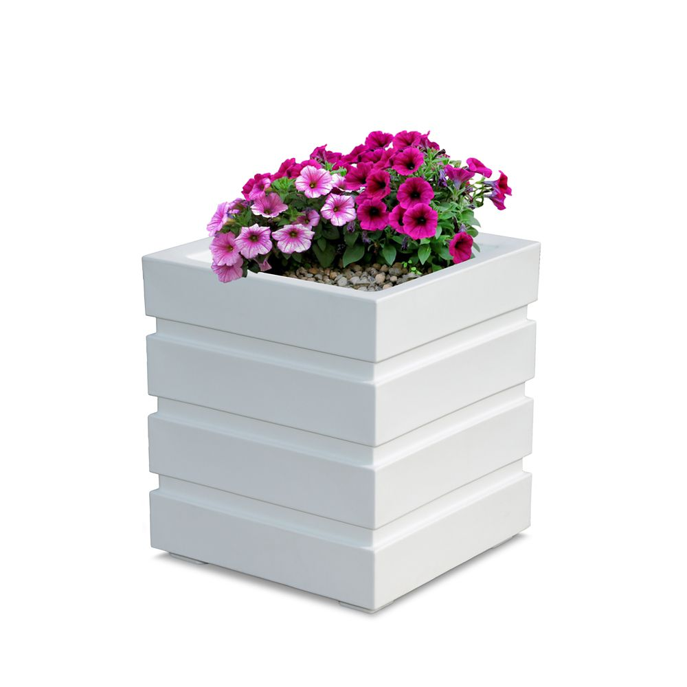 Freeport Patio Planter 18 x 18 - White