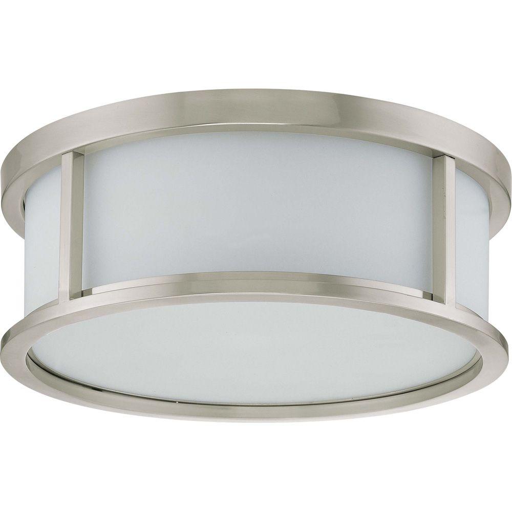 Plafonnier à trois ampoules avec abat-jour blanc, finition de spécialité