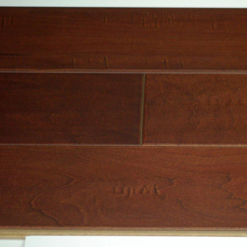Hardwood Flooring Maple 3/8 x 5 Handscraped Thermo Treated - Saddle Colour (25.6  Sq.Ft./Case)