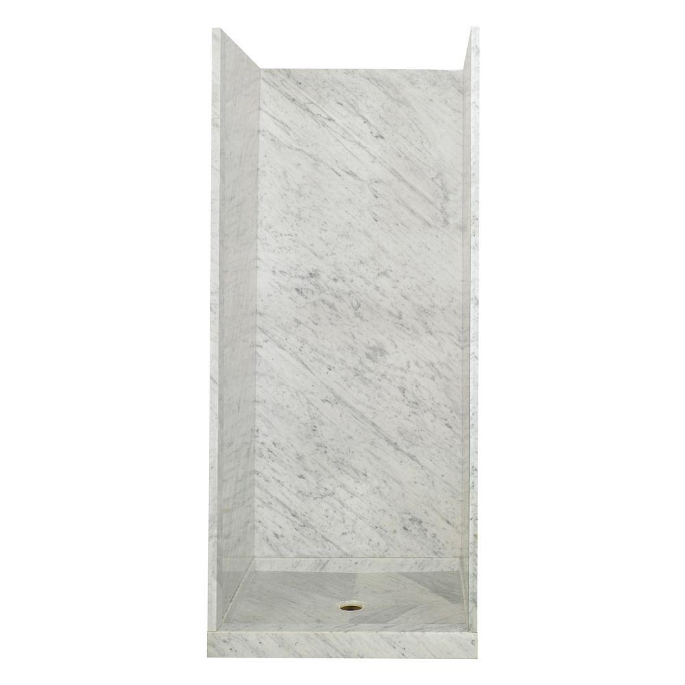 Systeme de douche en marbre blanc de Carrare