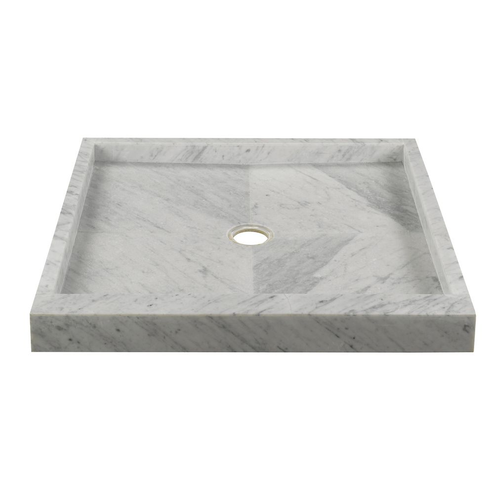 Base de douche en marbre blanc de Carrare