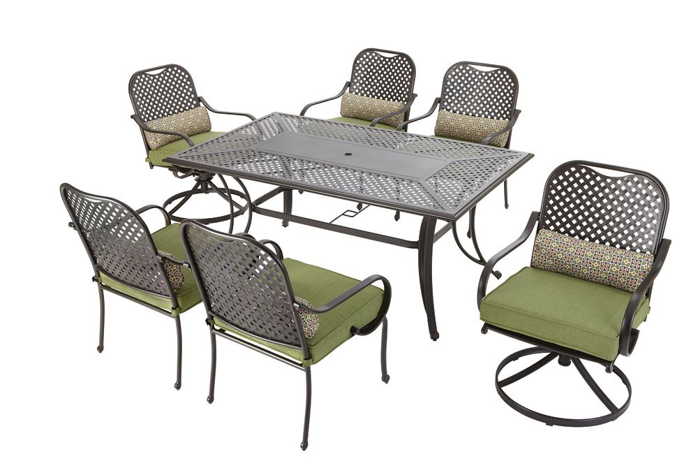 Fall River 7 Pc. Dining Set