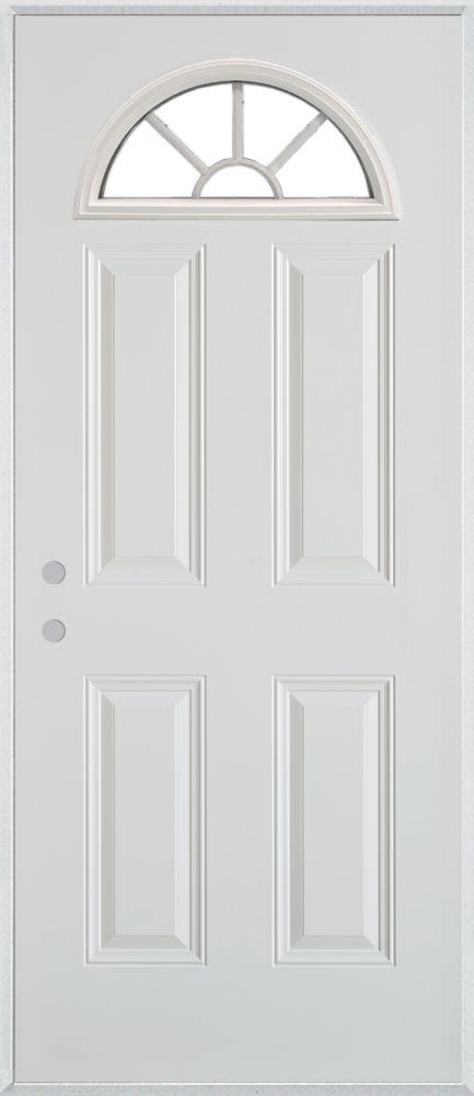 Porte dentrée en acier peint à quatre panneaux et à vitre éventail à quatre carreaux