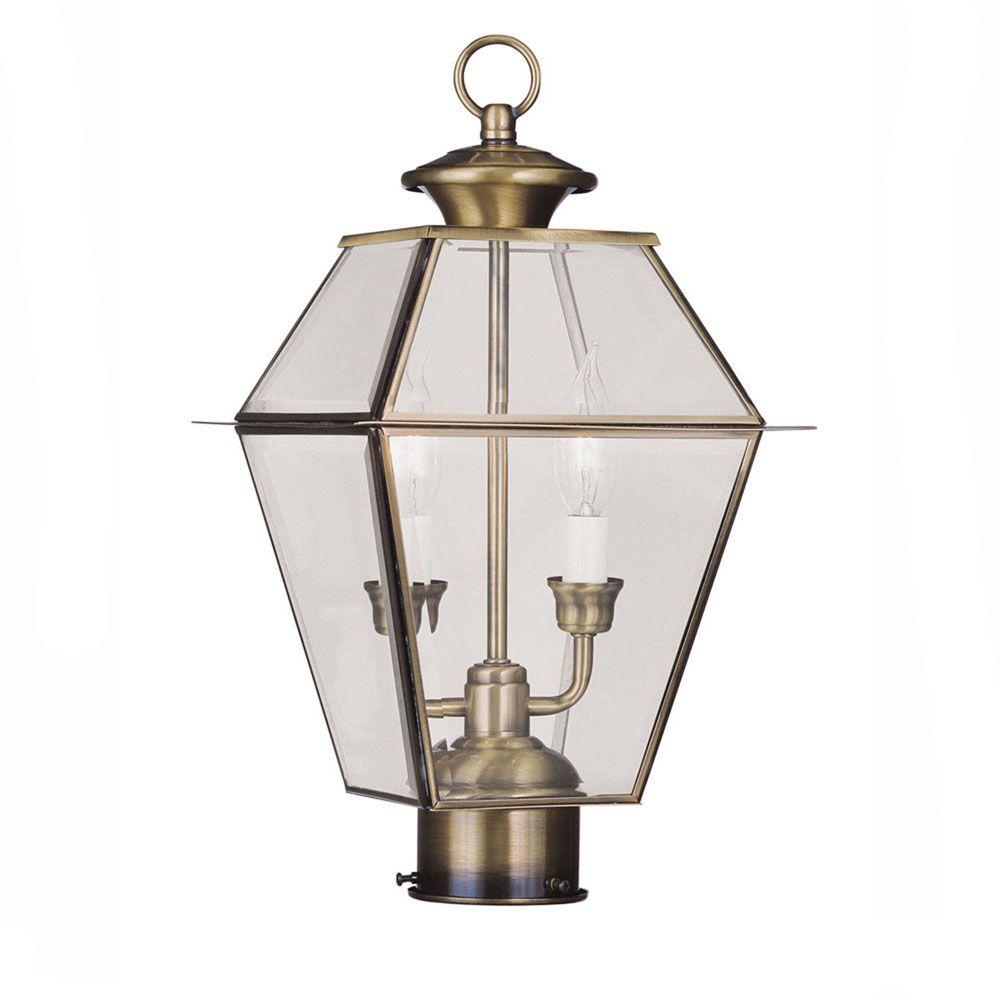 pilier monture lumière avec abat-jour clair couleur en laiton