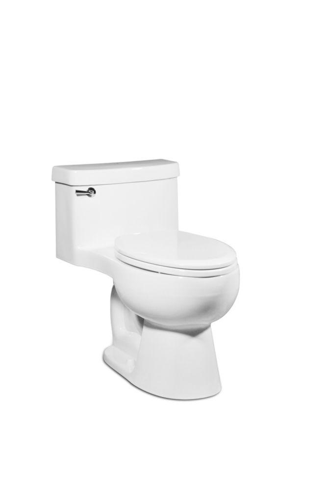 La toilette Malibu par St Thomas Creations: Une pièce allongée en blanc 4,8 LPF